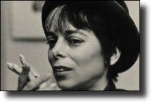 Διαβάστε περισσότερα: Shirley Clarke: «Παγώνοντας» το χρόνο και το χώρο