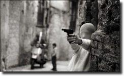Διαβάστε περισσότερα: Shooting the Mafia