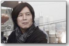 Διαβάστε περισσότερα: Lee Chang-dong: Να κοιτάξουμε προς τον εαυτό μας