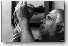 Διαβάστε περισσότερα: Stan Brakhage: ένας πρωτοπόρος